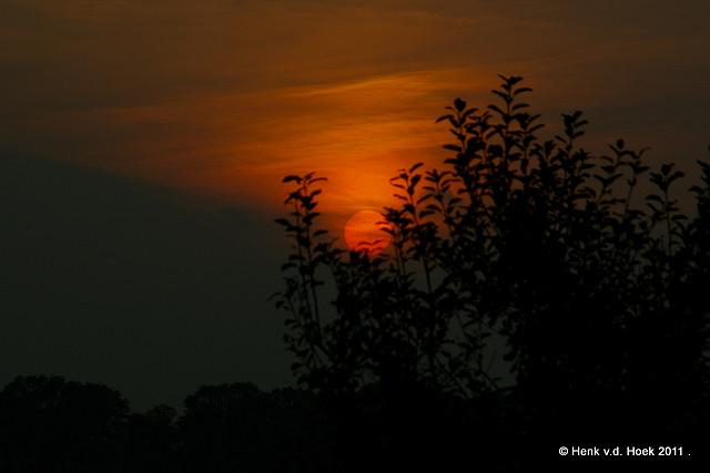 Ondergaande zon 17 oktober 2011 drenthe.