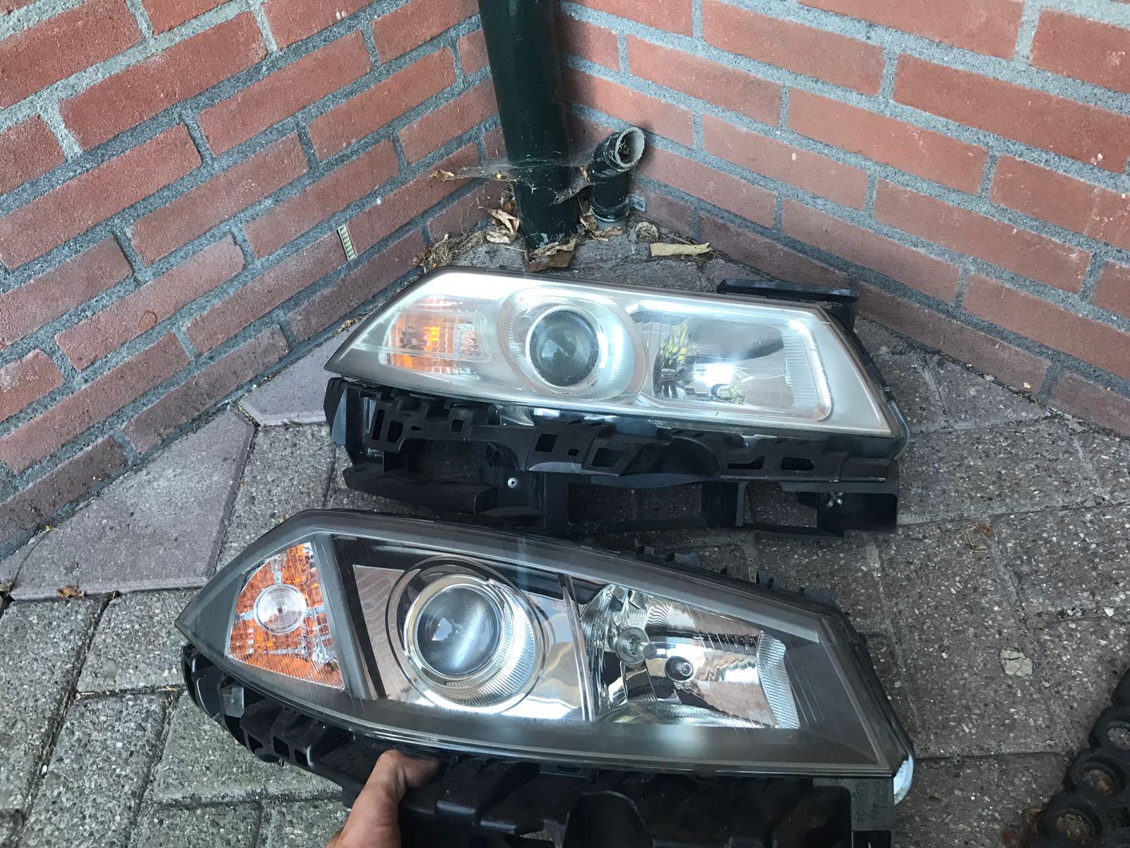 Verwonderend Koplamp vervangen Renault Megane 2006 - RENAULT forum UU-75