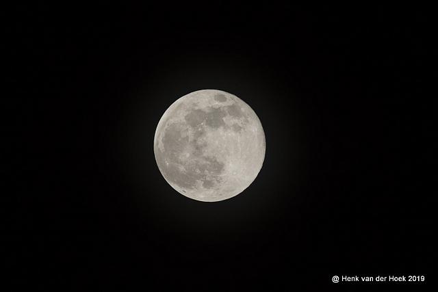 Super maan 19-02-2019 rond 23 uur.